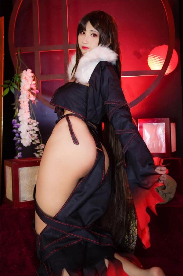 Sau đây là một số hình ảnh cosplay Ngu Cơ của nữ Cosplayer 萱-KaYa, mời bạn chiêm ngưỡng. 5
