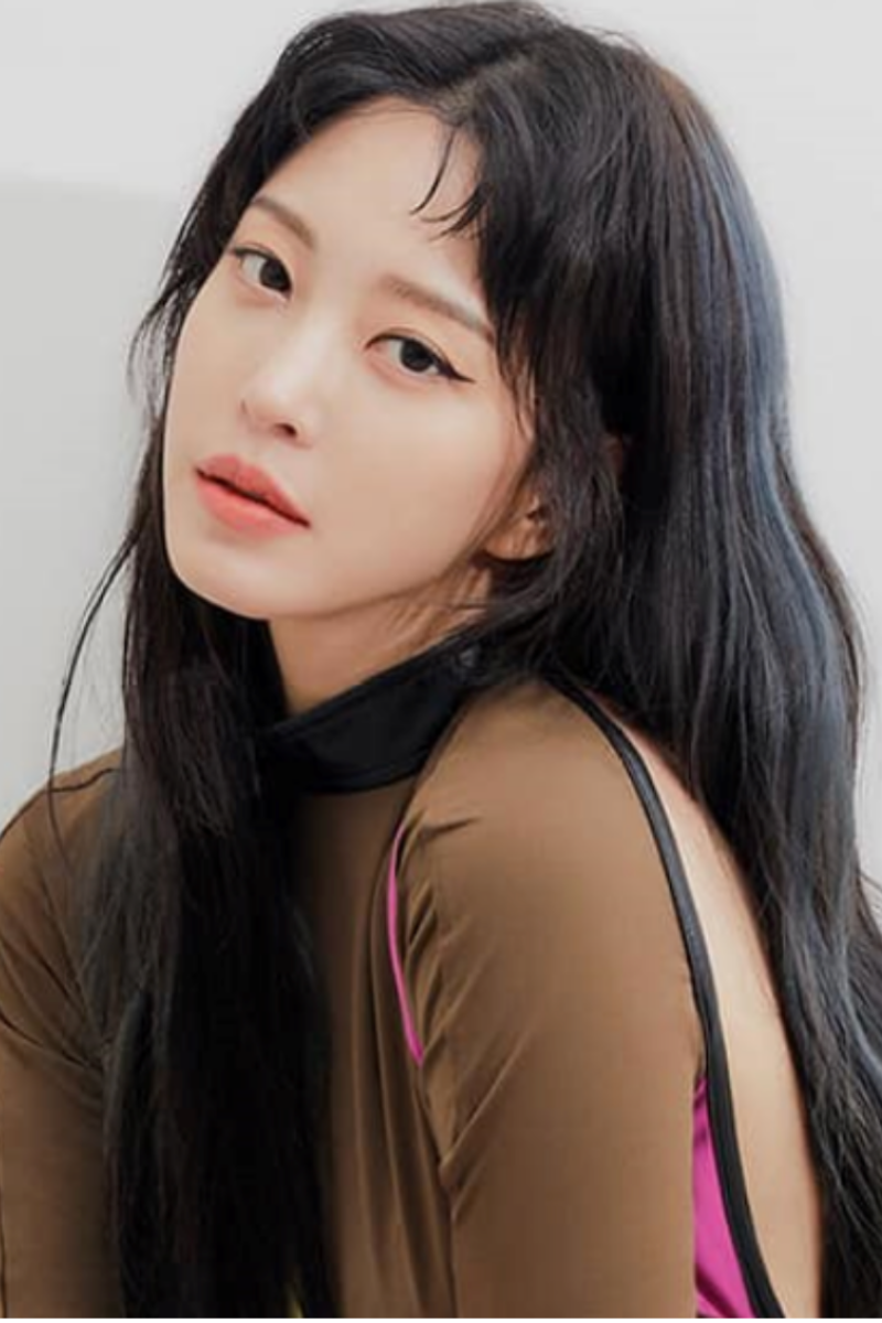Han Ye Seul gợi cảm