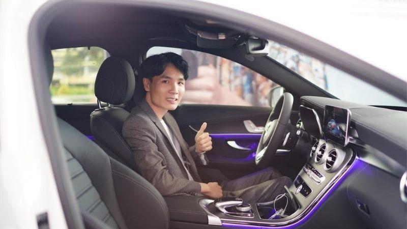 Chủ nhân của kênh Youtube về game này tên thật là Nguyễn Trọng Tưởng, là một chàng trai Bình Định dễ thương. Anh đã biến cái tên Tacaz trở nên quen thuộc với bất cứ game thủ nào nghiện PUBG trong và ngoài nước.