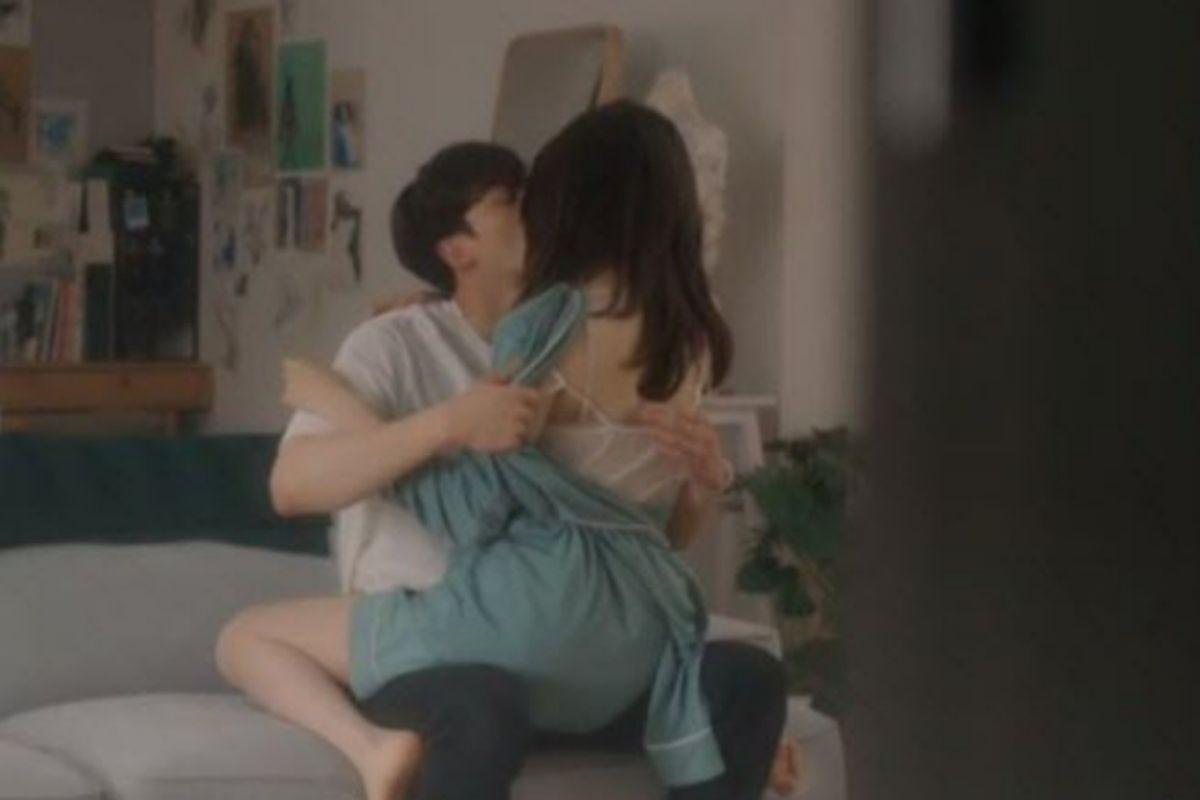 Phim Hàn Quốc 19+ Nevertheless Tập 2 gây sốt mạng xã hội bằng loạt cảnh nóng nhức mắt người xem