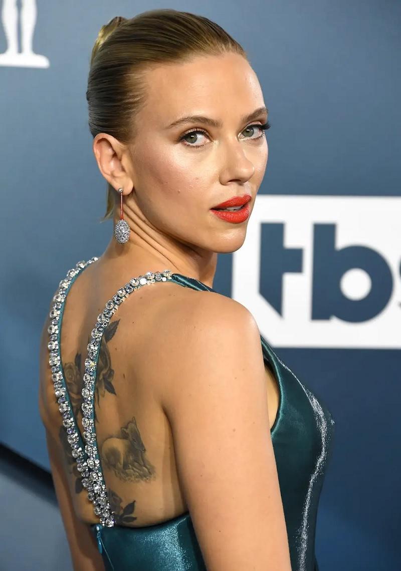 """Black Widow với sự góp mặt của nữ diễn viên Scarlett Johansson thu về 4,9 triệu USD trong ngày đầu """"xuất khẩu"""" ở 11 thị trường"""