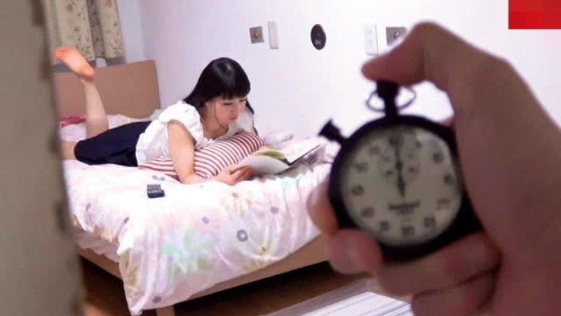 1 cảnh trong kịch bản đồng hồ ngưng đọng thời gian