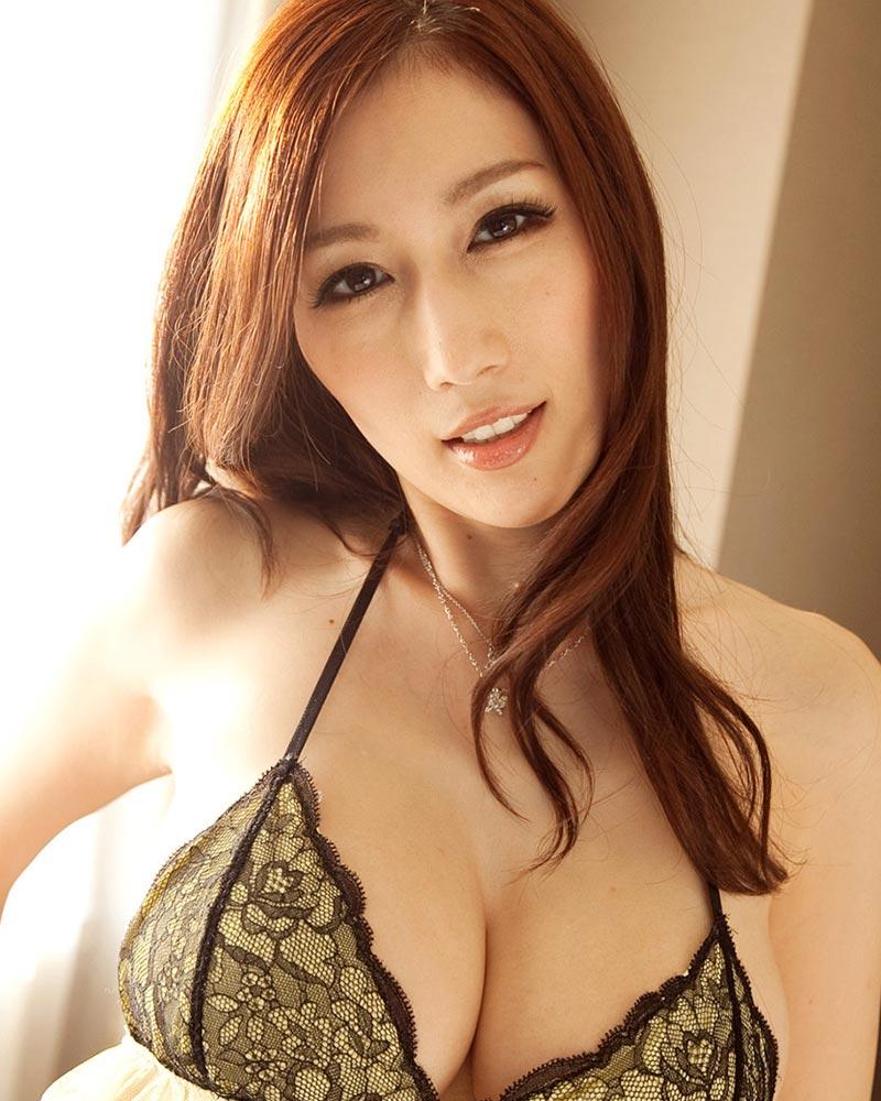 Hot girl 18+